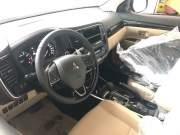 Bán xe ô tô Mitsubishi Outlander 2.0 CVT Premium 2018 giá 899 Triệu huyện thanh trì
