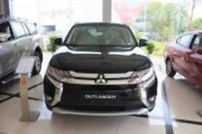 Bán xe ô tô Mitsubishi Outlander 2.0 CVT Premium