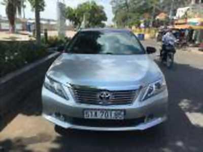 Bán xe ô tô Toyota Camry 2.0E 2013 giá 740 Triệu