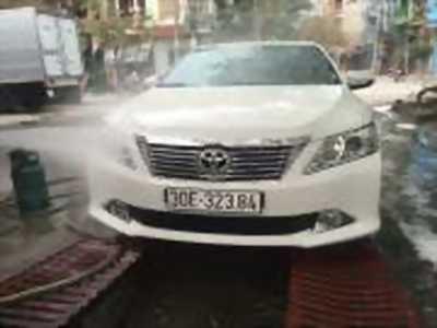 Bán xe ô tô Toyota Camry 2.0E 2014 giá 750 Triệu