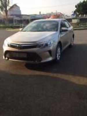 Bán xe ô tô Toyota Camry 2.0E 2016 giá 1 Tỷ 98 Triệu