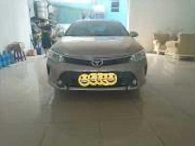 Bán xe ô tô Toyota Camry 2.0E 2016 giá 945 Triệu
