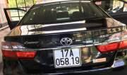 Bán xe ô tô Toyota Camry 2.5Q 2016 tại Nghệ An.