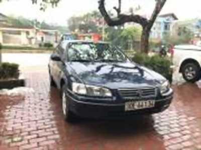 Bán xe ô tô Toyota Camry GLi 2.2 2000 giá 275 Triệu