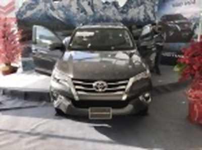 Bán xe ô tô Toyota Fortuner 2.8V 4x4 AT 2018