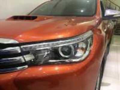Bán xe ô tô Toyota Hilux 3.0G 4x4 AT 2016 giá 820 Triệu
