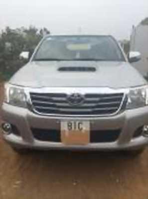 Bán xe ô tô Toyota Hilux 3.0G 4x4 MT 2015 giá 610 Triệu