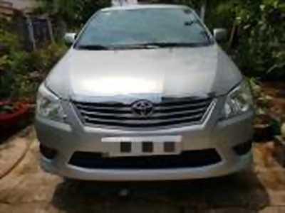 Bán xe ô tô Toyota Innova 2.0E 2013 giá 515 Triệu