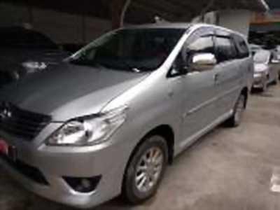 Bán xe ô tô Toyota Innova 2.0E 2013 giá 560 Triệu