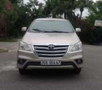 Bán xe ô tô Toyota Innova 2.0E 2014 giá 512 Triệu quận long biên