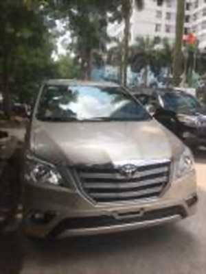 Bán xe ô tô Toyota Innova 2.0E 2014 giá 565 Triệu