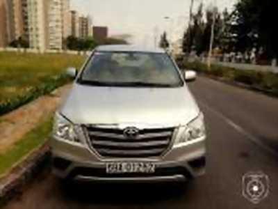 Bán xe ô tô Toyota Innova 2.0E 2014 giá 575 Triệu