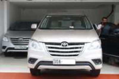Bán xe ô tô Toyota Innova 2.0E 2014 giá 592 Triệu