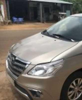 Bán xe ô tô Toyota Innova 2.0E 2015 giá 552 Triệu