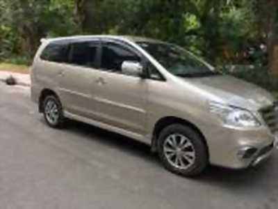 Bán xe ô tô Toyota Innova 2.0E 2015 giá 555 Triệu