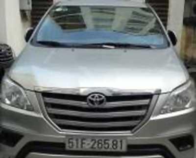 Bán xe ô tô Toyota Innova 2.0E 2015 giá 594 Triệu quận gò vấp