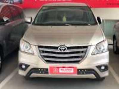 Bán xe ô tô Toyota Innova 2.0E 2016 giá 640 Triệu