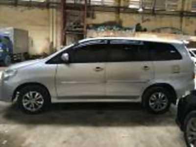 Bán xe ô tô Toyota Innova 2.0E 2016 giá 650 Triệu quận gò vấp