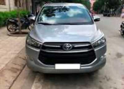 Bán xe ô tô Toyota Innova 2.0E 2016 giá 678 Triệu