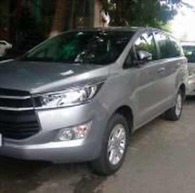 Bán xe ô tô Toyota Innova 2.0E 2016 giá 730 Triệu