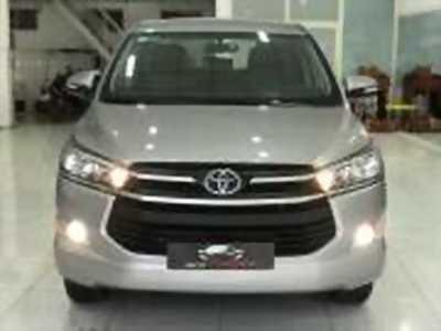 Bán xe ô tô Toyota Innova 2.0E 2017 giá 688 Triệu
