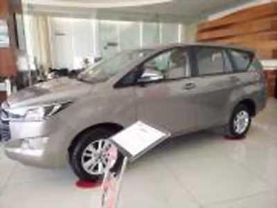 Bán xe ô tô Toyota Innova 2.0E 2018 giá 713 Triệu