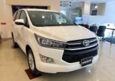 Bán xe ô tô Toyota Innova 2.0E 2018 giá 718 Triệu tại quận 1