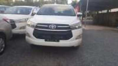 Bán xe ô tô Toyota Innova 2.0E 2018 giá 726 Triệu