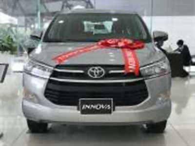 Bán xe ô tô Toyota Innova 2.0E 2018 giá 817 Triệu
