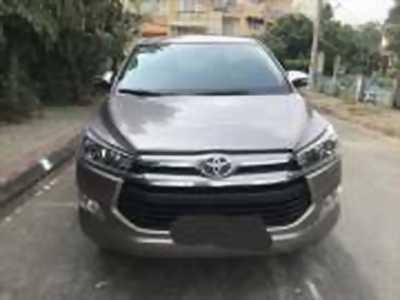 Bán xe ô tô Toyota Innova 2.0V 2017 giá 820 Triệu