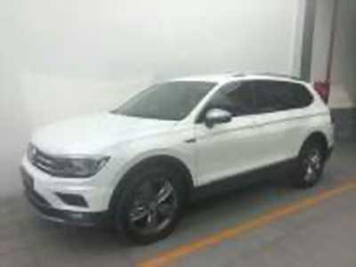 Bán xe ô tô Volkswagen Tiguan Allspace 2018