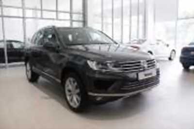 Bán xe ô tô Volkswagen Touareg GP 3.6 AT 2018 giá 2 Tỷ 499 Triệu