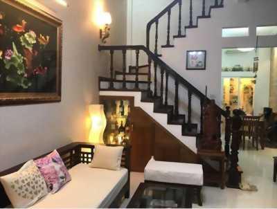 Cần bán nhà Thái Thịnh, 4 tầng đẹp, 2 mặt thoáng