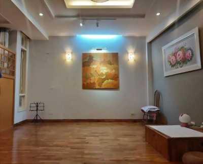 Bán nhà riêng NÚI TRÚC , Quận Ba Đình , S: 35m2, 5T, MT 6.2m, 4,8 tỷ.