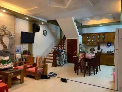 Bán nhà phố Hoàng Văn Thái 101m2 Mặt Tiền 6,7m.
