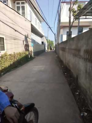 Chủ thiếu nợ bán nhà đất cấp 4 đối diện cây xang ông đồn 1 , Xuân Phú