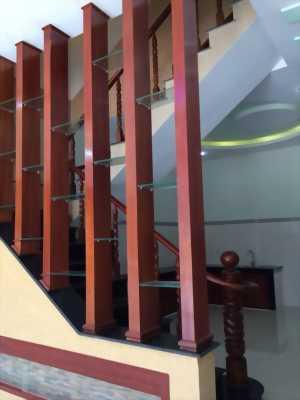 Cần bán biệt thự 2 lầu 1 trệt trung tâm hành chính dĩ an giá rẻ