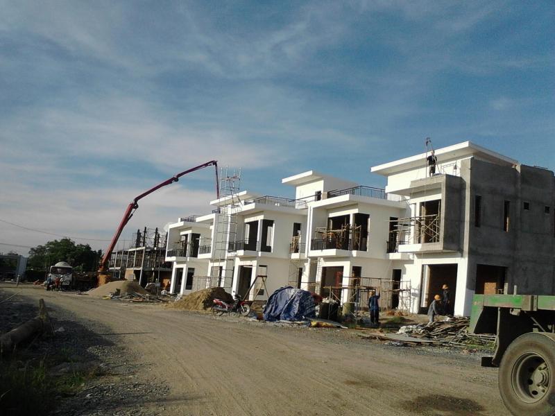 Nhà mới xây kiểu biệt thự Châu Âu