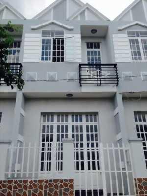 Mình cần bán gấp biệt thự hiện đại ở huyện Hóc Môn