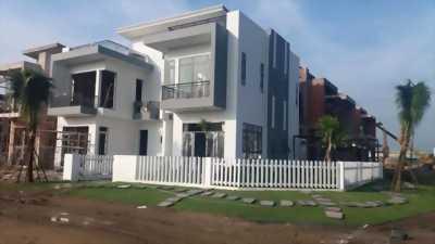Biệt thự 120m² MT Nguyễn văn Bứa Hóc Môn