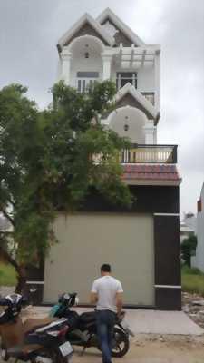 Cần bán gấp nhà Long Phú Villa, 5x15, SHR, QL1A