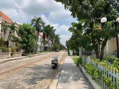 Biệt thự bán Phường An Phú Đông, Quận 12, diện tích 15 x 29m, giá 18,5 tỷ, đường 12m.
