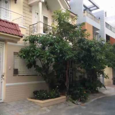 Cần bán biệt thự mặt tiền, phường An Phú, quận 2.