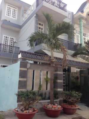 Cần Tiền bán Gấp nhà HXH(8m) Nguyễn Thái Bình : DT*4x18m*, 2 Lầu