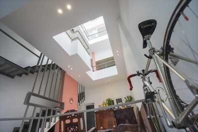 Cần Tiền bán Gấp nhà HXH(8m) Nguyễn Thái Bình,4x18m, 2 Lầu