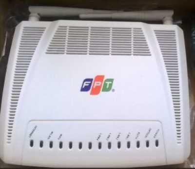 Cấn bán modem wifi 2 râu 4 cổng của FPT