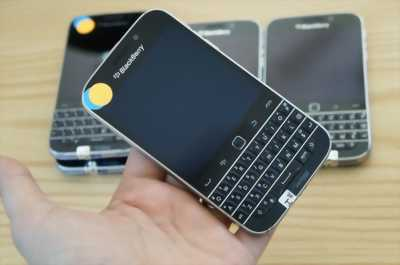 Thanh lý BlackBerry 9900 new 95% zin