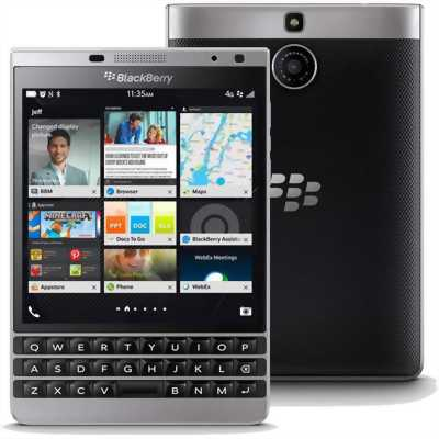 Blackberry Passport 32 GB Bạc
