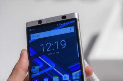 Blackberry PRIV đen nhám 32GB vỏ đẹp cho ai mê