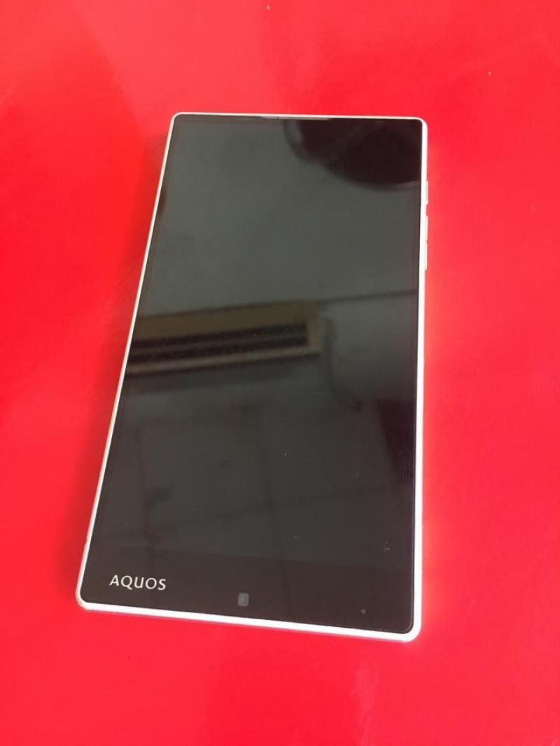 Điện thoại Sharp Aquos 404SH zin 100% có tiếng việt